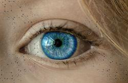 Homem cego tem genes editados e volta a enxergar